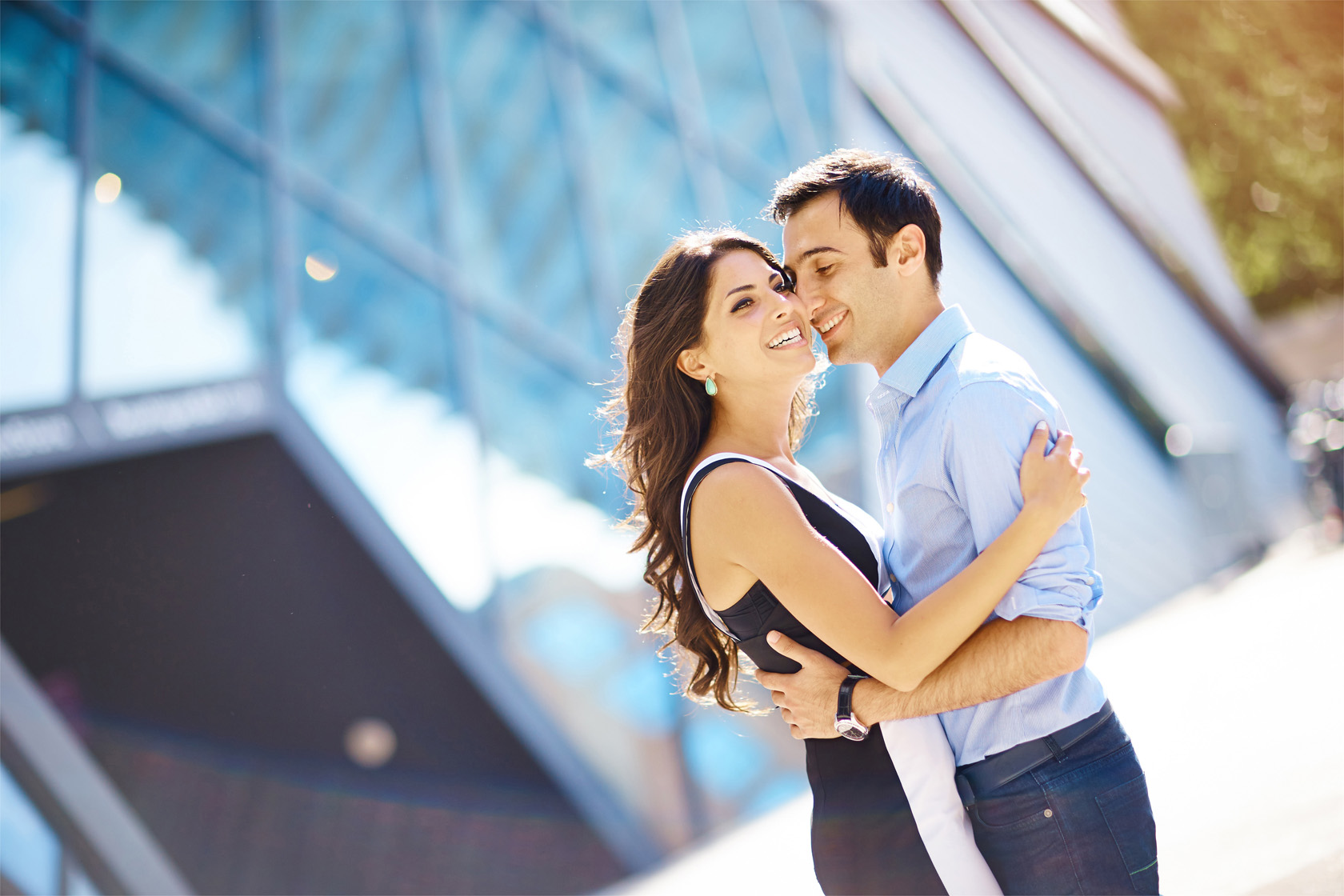 A stunning bride and groom have a summer engagement photo session  at the Royal Ontario Museum and at Toronto's beautiful waterfront.